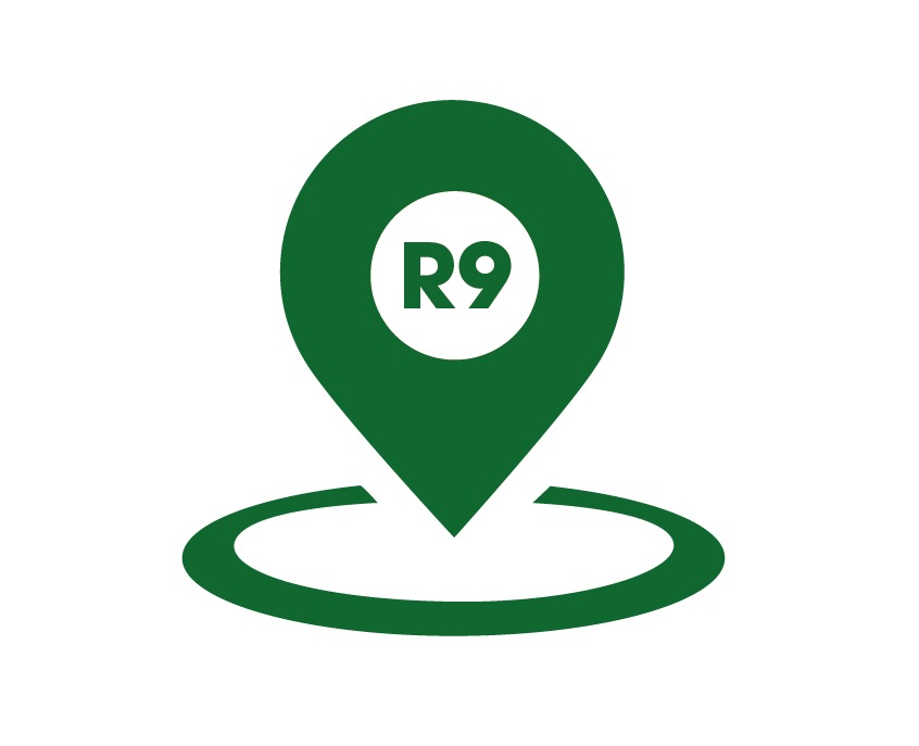 Team logo R9 Translations