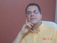 Moisés Perez - portugués a inglés translator