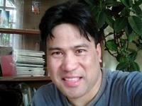 Mukesh Lama - inglés a nepalés translator