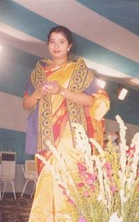 Suparna Banerjee - angielski > bengalski translator