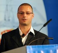 Florian Willer - English to German translator