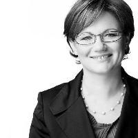 Agnieszka Adamczak-Waschow - alemán al polaco translator