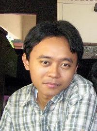 Rento Ari Nugroho - indonezyjski > angielski translator
