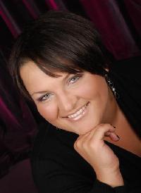 Nadiya Kyvenko-Vermelen - ucraniano a inglés translator