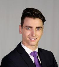 Adrian Bejan - rumano a inglés translator