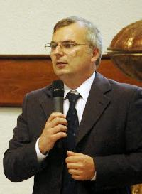 Márk Frivaldszky - Italian a Hungarian translator