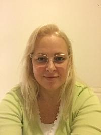 laucia - Latvian to English translator
