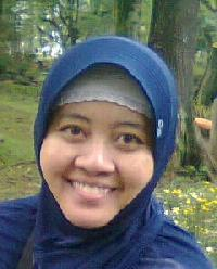 Rien Chaerani - angielski > indonezyjski translator