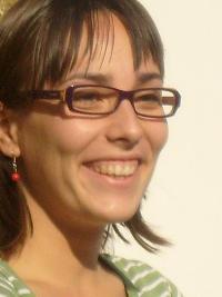 monicasandor - rumano a inglés translator