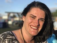 Nadja B Batdorf - Portuguese to English translator