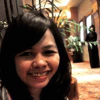 Shirley Thomas - indonezyjski > angielski translator