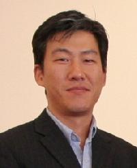 Yong Jung - angielski > koreański translator