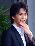 Tanapon Petapanpiboon - tailandés a inglés translator