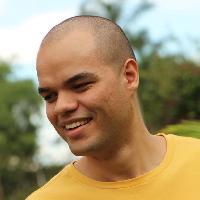 Thiago Assumpção - English to Portuguese translator
