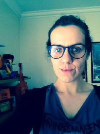 Linda Lopes - English to Portuguese translator