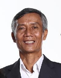 Hien Luu - English to Vietnamese translator