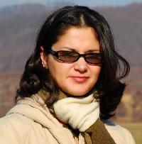 sorinanicole - rumano a inglés translator
