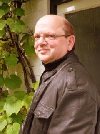 Peter Rosenthal - English to German translator