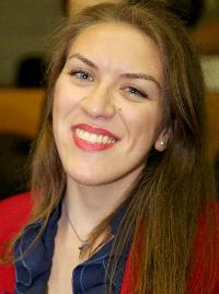 Effie Kostoglou - inglés a griego translator