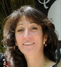 Claire Seifi - Farsi (Persian) a English translator