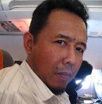 Mr Fathurrachman - inglés a indonesio translator