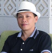 Linh Hoang - English to Vietnamese translator