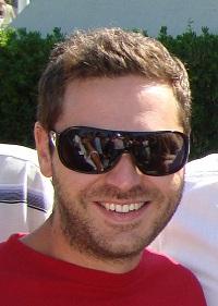 Konstantis Charalampopoulos - inglés a griego translator