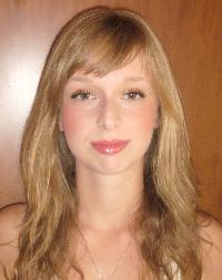 Noemi M - rumano al alemán translator