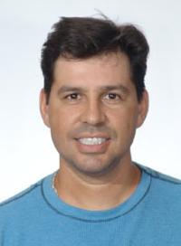 Ari Xavier - portugalski > angielski translator