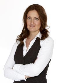 Mette Bærbach Bas - English to Danish translator