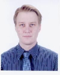 Kari Tiilikaine - angielski > fiński translator
