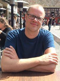 Mike Lucas - catalán a inglés translator