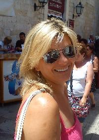 Mirela Tankovic, CoreCHI™ - English to Bosnian translator