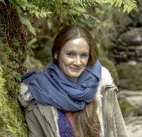 Dareth Pray - French to English translator