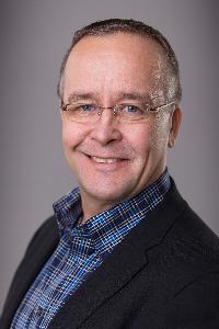 Timothy Kestrel - angielski > fiński translator
