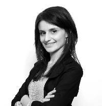 Julie Carbone - English to French translator