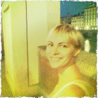 Izabella P - inglés a rumano translator