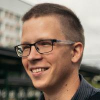 Mikael Monnier - angielski > szwedzki translator