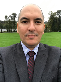 Claudio Rondeico - English to Portuguese translator