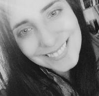 Maria Correia - English to Portuguese translator