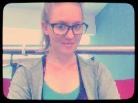 MandyBeem - Swedish to English translator