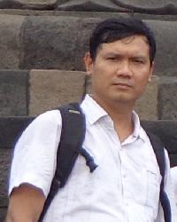 Teguh Irawan - inglés a indonesio translator