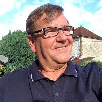 Jan Duinstra - English to French translator