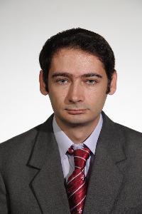 Flaviu - inglés a rumano translator