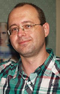Yuriy Stepanov - angielski > rosyjski translator