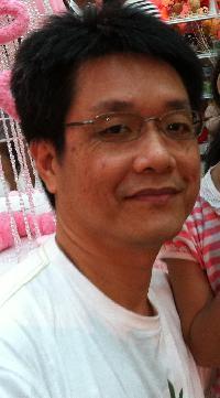 Chalermchai Lerttawepornkul - inglés a tailandés translator
