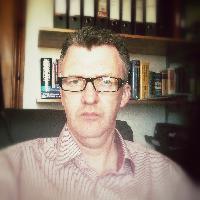 Derek Taylor - niemiecki > angielski translator