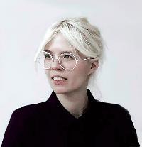 Stine Tranekjær - English a Danish translator