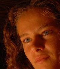 Julia Pérez - rumano al alemán translator