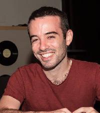 Jonathan Aharon - angielski > hebrajski translator
